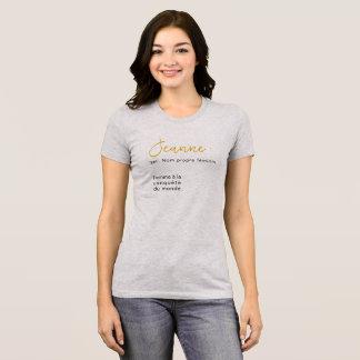 Camiseta Um t-shirt Jeanne simples e fácil a pôr