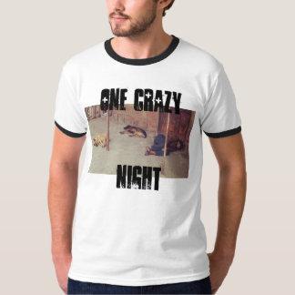 Camiseta Um t-shirt louco da noite