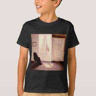 Camiseta Uma leitura da mulher por uma janela