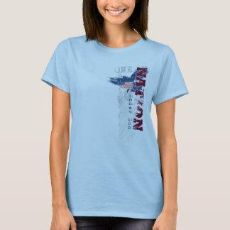 Camiseta Uma nação sob o t-shirt das mulheres do Grunge do