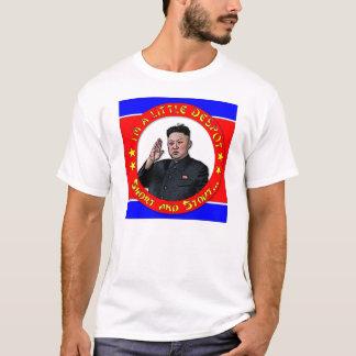 Camiseta Un de Kim Jong - eu sou uma déspota, um short e