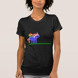 Camiseta Unicórnio do divertimento e Sr. estranhos Cupcake