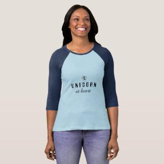Camiseta Unicórnio no t-shirt do coração
