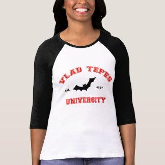 Camiseta Universidade de Vlad Tepes