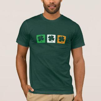 Camiseta Uns, dois, três trevos 2