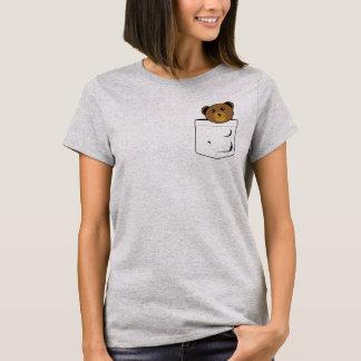 Camiseta Urso no bolso