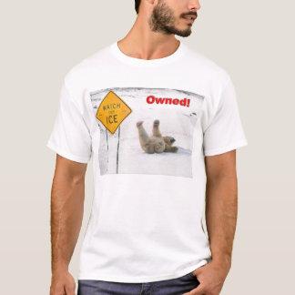 Camiseta urso polar possuído