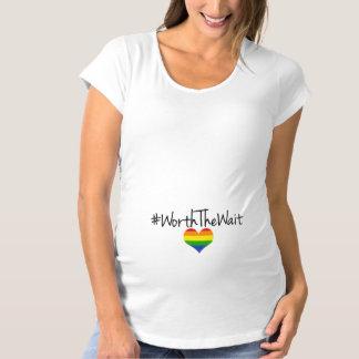 Camiseta Valor o bebê do arco-íris da espera