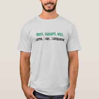 Camiseta Veni, cucurri, vici., eu vim, mim funcionei, mim