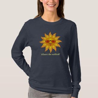 Camiseta Verão Sun do divertimento nas máscaras onde está o