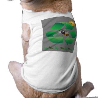 Camiseta Verde da abelha - ambiental bonito