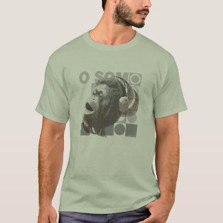 Camiseta Verde Masculina Macaco Ouvindo Música