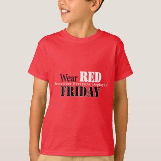 Camiseta Vermelho do desgaste em sexta-feira