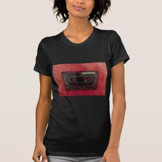 Camiseta Vermelho do vintage da música da cassete de banda