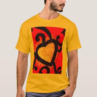 Camiseta Vermelho e teste padrão do coração do ouro (5)