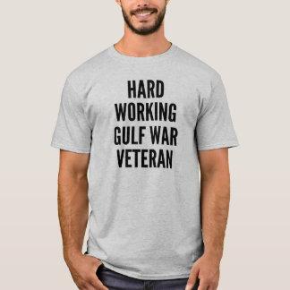 Camiseta Veterano de Guerra do Golfo de trabalho duro