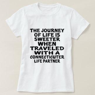 Camiseta Viajado com um sócio da vida de Connecticuter