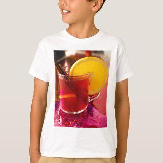 Camiseta Vinho mulled fruta com canela e laranja