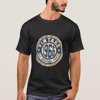 Camiseta Vintage 1966 todas as peças do original