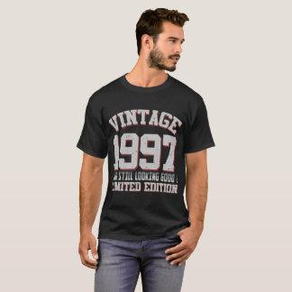 Camiseta vintage 1997 e boa edição limitada ainda loking