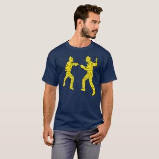 Camiseta Vintage que cerca o Tshirt da tipografia