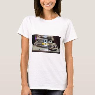 Camiseta Vintage retro gravado plataforma giratória do som