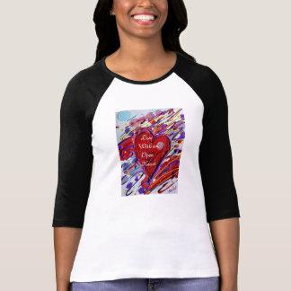 Camiseta Viva com um coração aberto