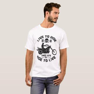 Camiseta viva para montar o passeio para viver desde 1976