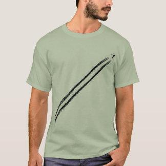Camiseta Voo afastado/Contrail do avião jato da alta