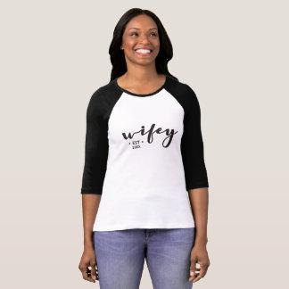 Camiseta Wifey, estabelecido, ano, personalizado