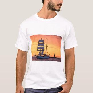 Camiseta Windjammer no mar Báltico