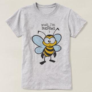 Camiseta Woah - eu sou zumbido (Buzzzed)