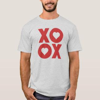 Camiseta XOXO abraça e beija o dia dos namorados