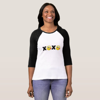 "Camiseta ""XOXO"" Emojis"