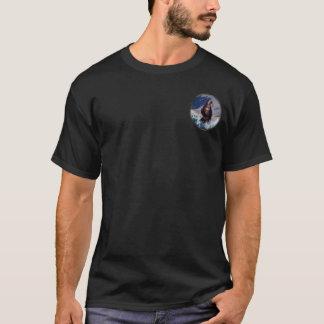 Camiseta YUCAP - TShirt - urso pequeno na parte dianteira e