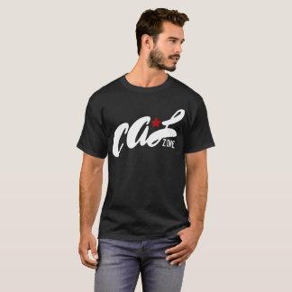 """Camiseta Zona """"estrela vermelha"""" do Cal no preto"""
