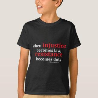 Camisetas da injustiça e da resistência