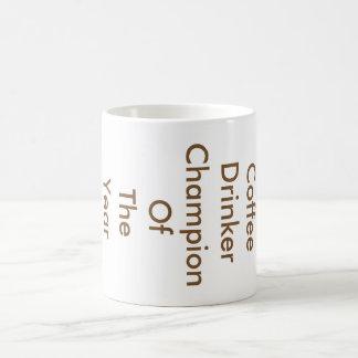 Campeão do bebedor do café do ano caneca