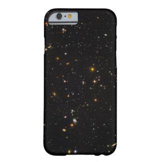 Campo do espaço ultra profundo de Hubble Capa Barely There Para iPhone 6