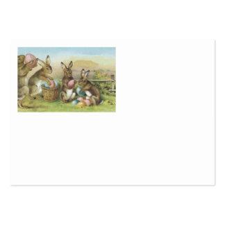 Campo pintado colorido coelhinho da Páscoa do ovo Cartão De Visita Grande