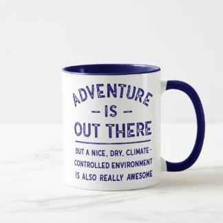 Caneca A aventura está para fora lá MAS… provérbio