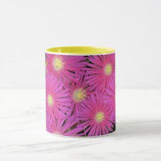Caneca Agrida com muitas amarelo cor-de-rosa brilhante