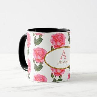 Caneca Arte floral dos rosas cor-de-rosa feitos sob