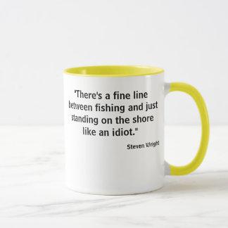 Caneca Atração da foto de w do T da pesca da linha ténue