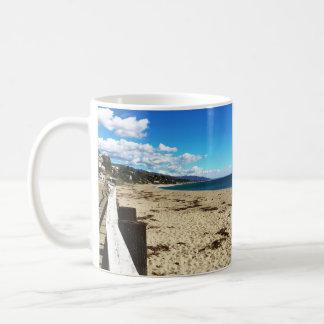 Caneca azul do paraíso de Malibu