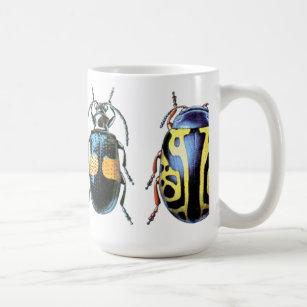 Caneca azul e amarela do besouro