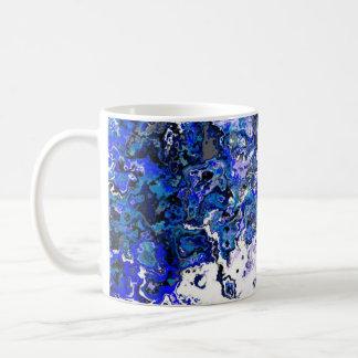 Caneca azul floral do desenhista do redemoinho
