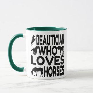 Caneca Beautician do amante do cavalo