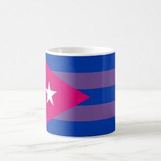 Caneca bissexual do orgulho cubano LGBT do Bi