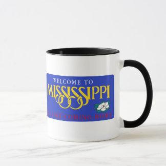 Caneca Boa vinda sinal de estrada de Mississippi - EUA